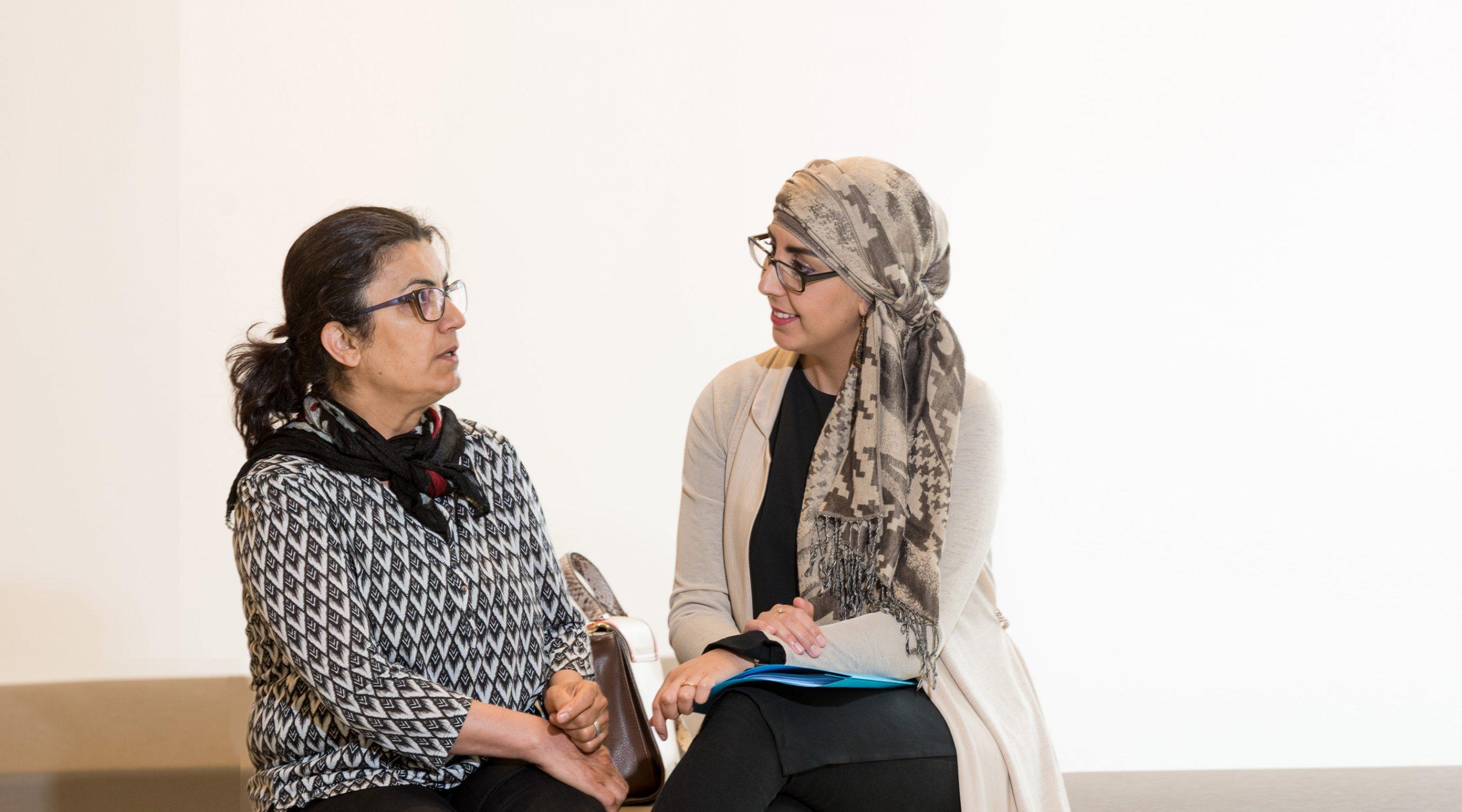 consulente en cliënt in gesprek